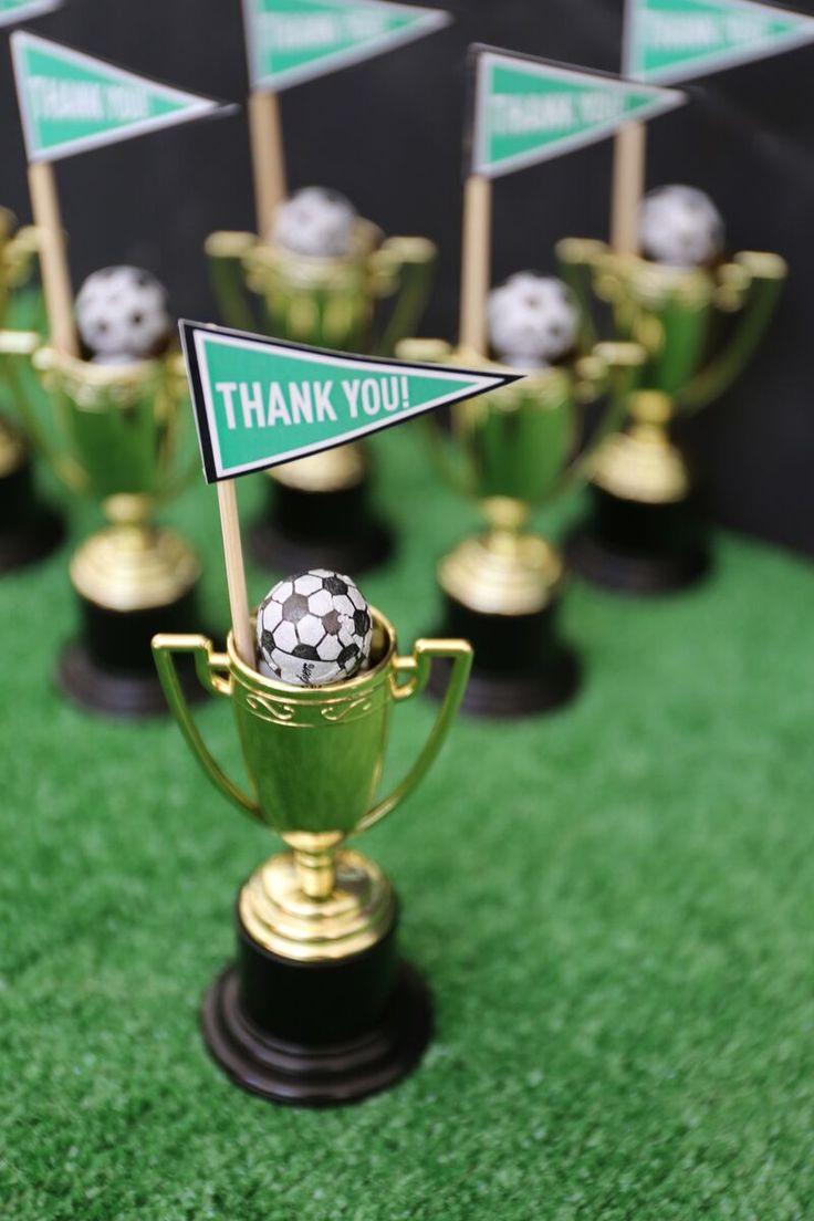 Mitgebsel Idee für Fußballfreunde // soccer party give away // #fußball #fußballparty #mitgebsel #kindergeburtstag
