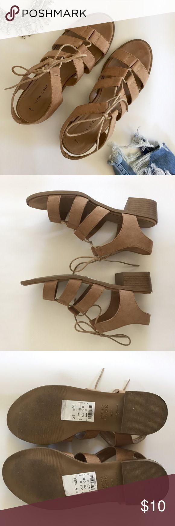 New Look Low Heel Tan Sandal Size 9 Only worn once! These sandals are the perfect heel height that gives you a few extra inches while being super comfy! Perfect for summer and fall ☀️🌻🍂 New Look Shoes Sandals