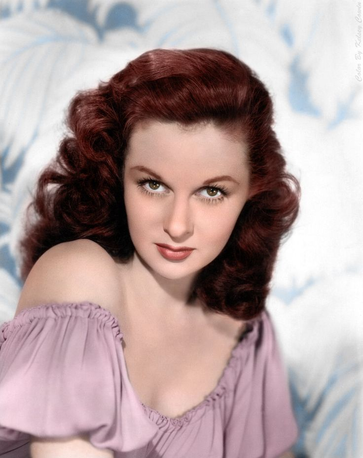 Susan Hayward (June 30, 1917 – March 14, 1975) an American actress and fashion model.