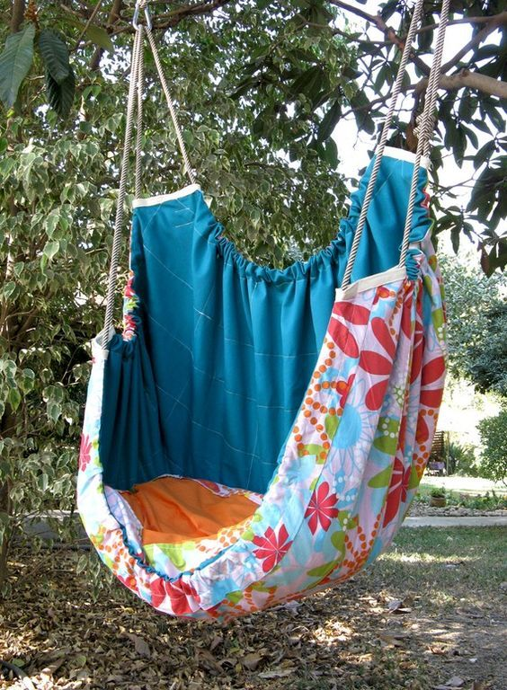 It wouldn't be too difficult to figure out this pattern. A hammock, crib and… – Cosas mias