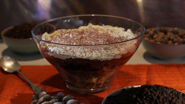Trifle de selva negra (Black forest trifle) - Paul Hollywood - Receta - Canal Cocina