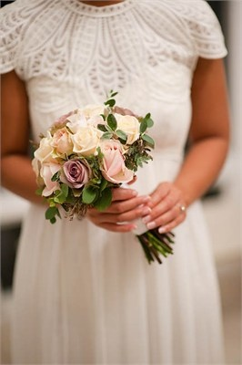 Winter bouquet - Florish Wedding Flowers
