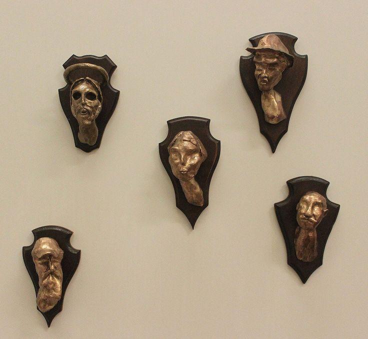 My Glittering Price - Bronze on Wood -  © Stephan Muis