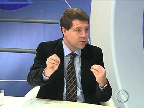 Entrevista sobre la actualidad municipal de la ciudad de Toledo a su alcalde, Emiliano García-Page, en los informativos del canal de televisión local Teletoledo.