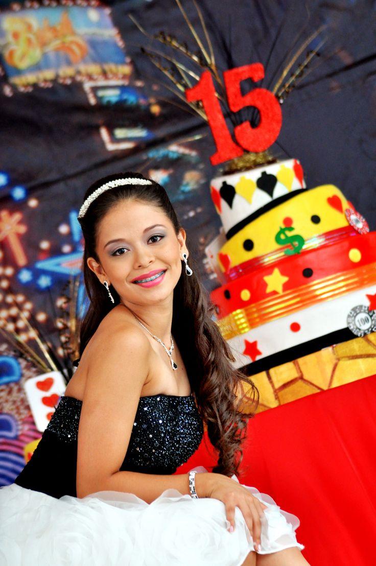 Estudio fotografico de fiesta de quince años de Nicole #FotografosFiestasDe15EnCali