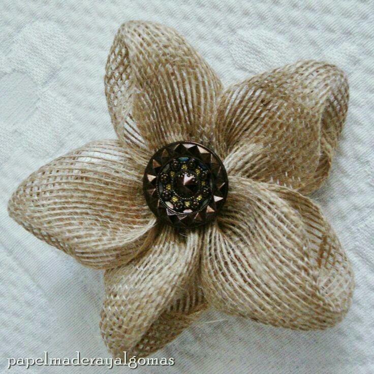 M s de 1000 ideas sobre pasteles de boda de yute en - Flores de telas hechas a mano ...