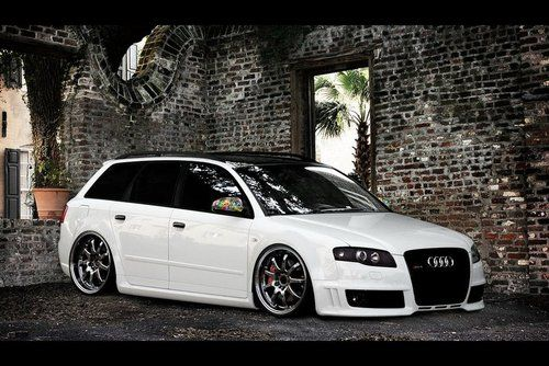 Awesome Audi Wagon want to save up for this bad boy