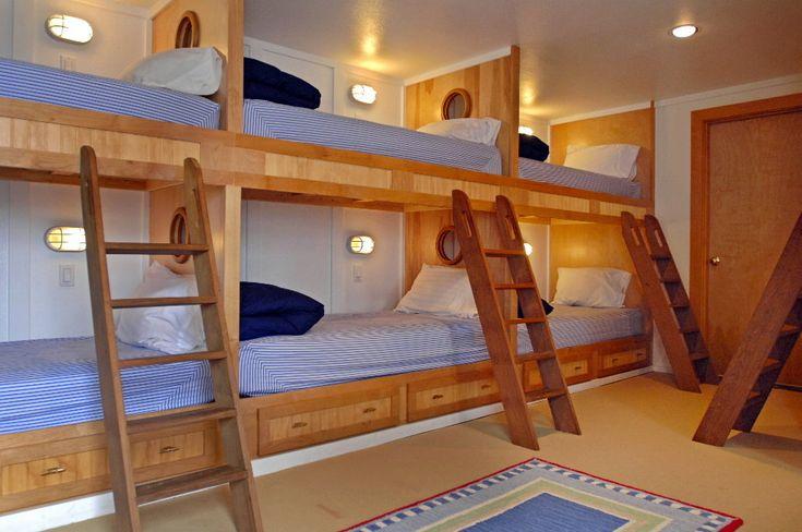 What a fantastic kids room!