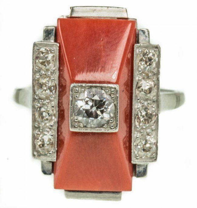 ART DECO PLATINUM CORAL AND DIAMOND RING : Lot 4