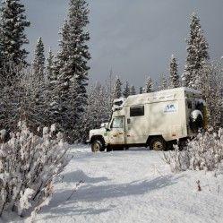 Bem-vindo inverno! - http://www.mundoporterra.com.br/historias-e-momentos/bem-vindo-inverno/ - É, o inverno chegou aqui na América do Norte e não temos mais como fugir do frio. As fotos a seguir retratam um pouco do que vivenciamos na semana passada quando cruzamos as Montanhas Rochosas do Canadá e visitamos pela segunda vez os Parques Nacionais Jasper e Banff. As temperaturas foram baixas, mas as experiências e imagens que presenciamos s&ati