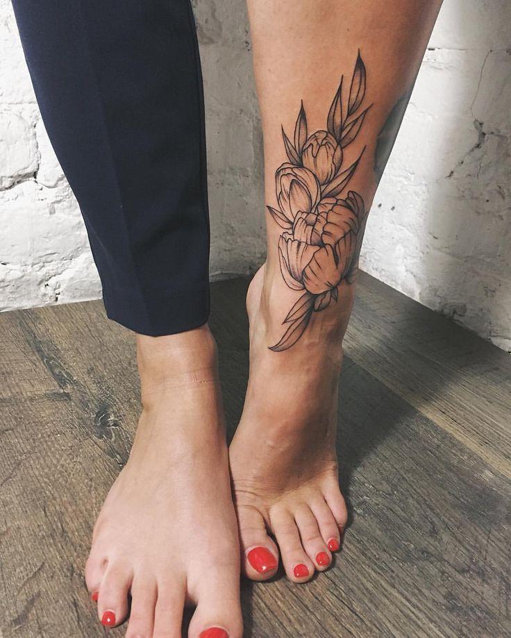 Татуировка на ногу девушке фото картинки