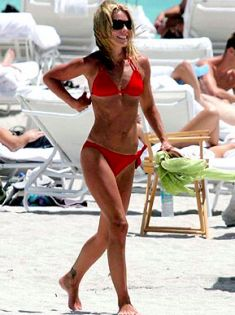 Kelly Ripa Has An Awesome Physique at 57