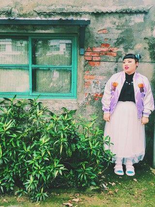 渡辺直美さんの「チュールロングスカート(PUNYUS|PUNYUS)」を使ったコーディネート