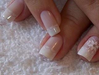 Decoração de unhas de noivas