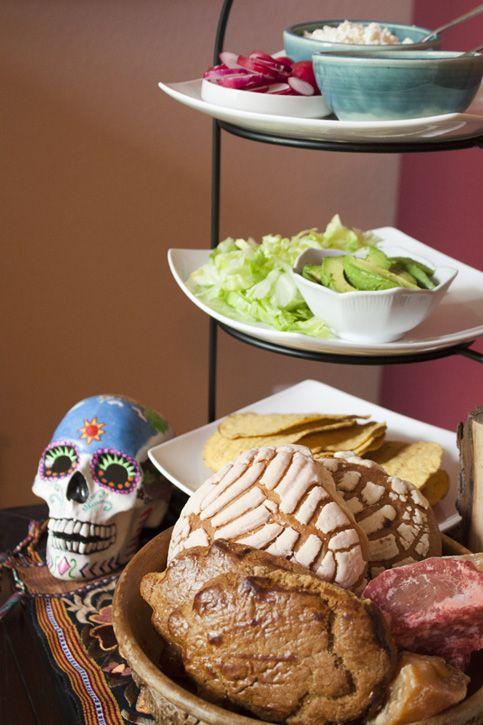 How to Celebrate Día de Los Muertos (Day of the Dead) - food