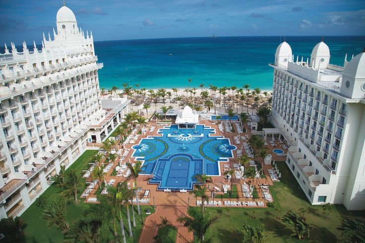 Riu Palace Aruba - hotel in Palm Beach - view from hotel room - sea view in Aruba - pool and sea view - RIU Hotels & Resorts