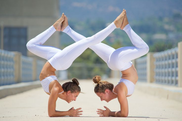 Acro Yoga #yoga #yogainspiration
