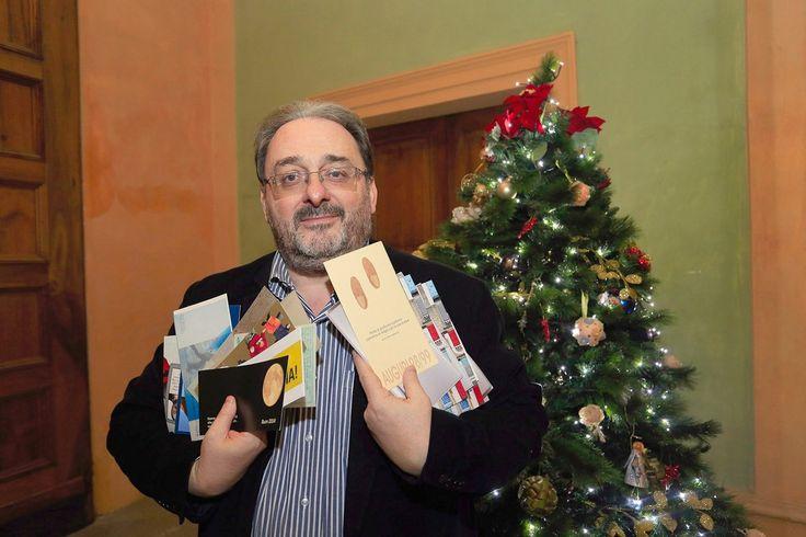 Una foto una storia Gli auguri d'autore di Giovannini - http://gazzettadimodena.gelocal.it/modena/foto-e-video/2015/01/02/fotogalleria/una-foto-una-storia-gli-auguri-d-autore-di-giovannini-1.10594543?ref=search#1