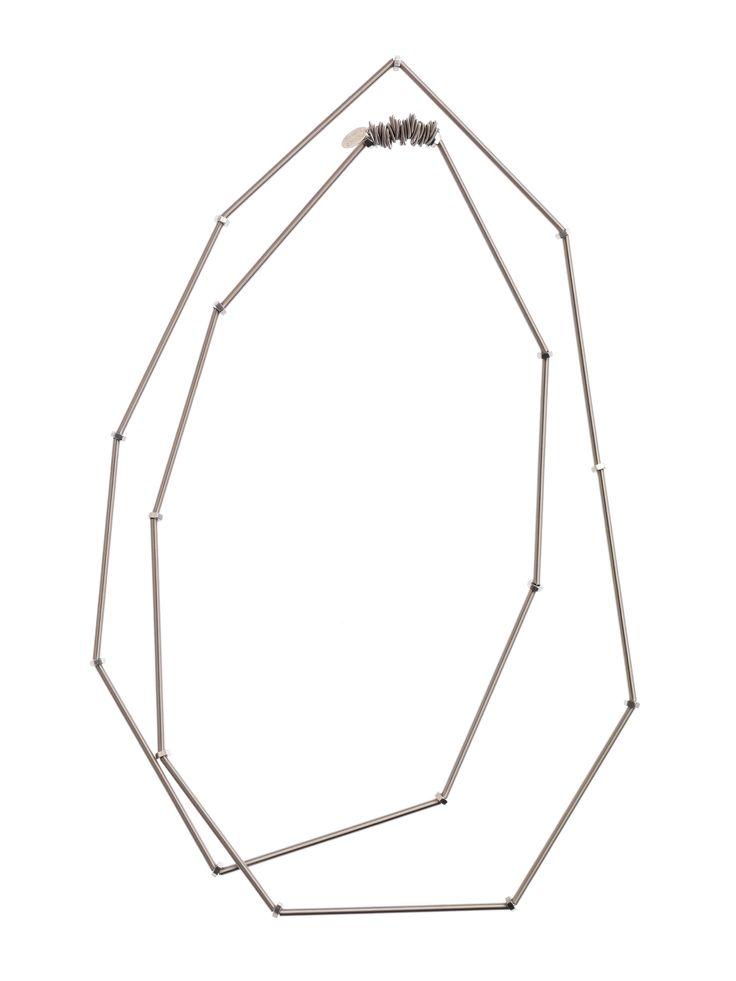 Waita #necklace - #Collana in acciaio con elastico interno, targhetta e marchio inciso. Misura: cm 157 Può essere arrotolato ed utilizzato anche come #bracciale. #madeitaly #italian #design #handmade #jewel #jewels #jewelry #gioielli