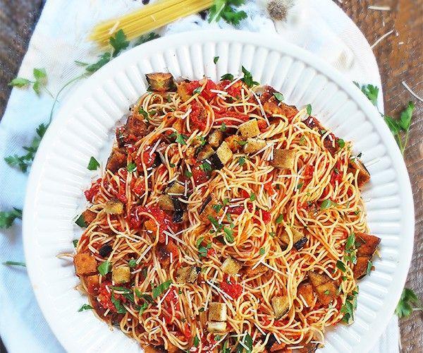 Verrassende pasta met krokante aubergine