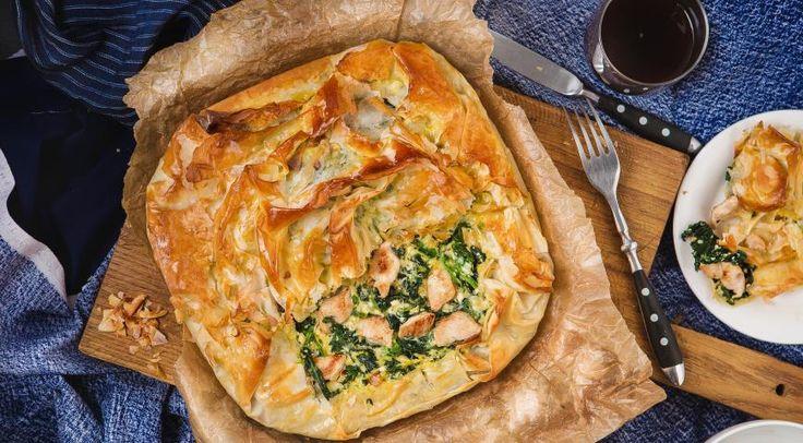 Пирог с индейкой и шпинатом из теста фило