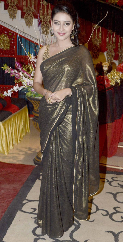 Pratyusha Banerjee on the sets of 'Itna Karo Na Mujhe Pyaar'. #Bollywood #Fashion #Style #Beauty