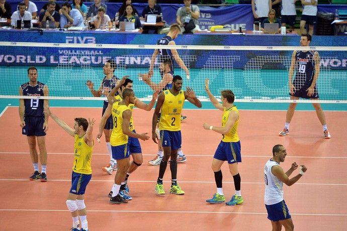 Brasil x Itália, Liga Mundial de Vôlei Brasil sobra no segundo jogo contra os italianos 06/21/2015 (Foto: Divulgação / FIVB)