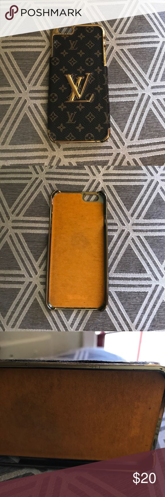 Iphone 6 case Iphone 6 case please see pics for scuffs and wear. Accessories Phone Cases
