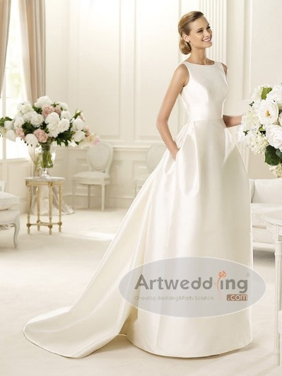 I like this...simple.Princesses Wedding Gowns, Princess Wedding Gowns, Princess Weddings