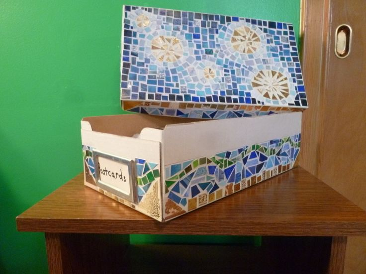 Mosaic Box  •  Free tutorial with pictures on how to make an embellished box in 7 steps