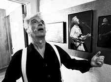 David Byrne imitating photo of himself backstage @ The Greek Theatre in LA. Photography: Bryan Murray - Coming to #sydfest January 2013! http://www.sydneyfestival.org.au/2013/Music/David-Byrne-St-Vincent/