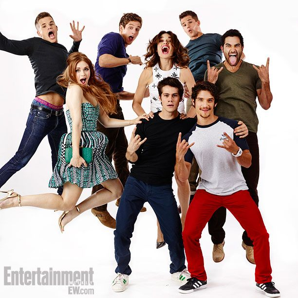 Charlie Carver, Holland Roden, Dylan O'Brien, Crystal Reed, Daniel Sharman, Tyler Posey, Max Carver, and Tyler Hoechlin, Teen Wolf - EW Portrait at Comic-Con 2013 #SDCC