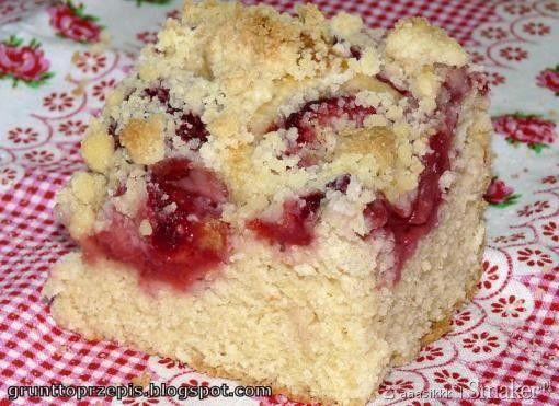 Ciasto drożdżowe z truskawkami - Przepis - Smaker.pl
