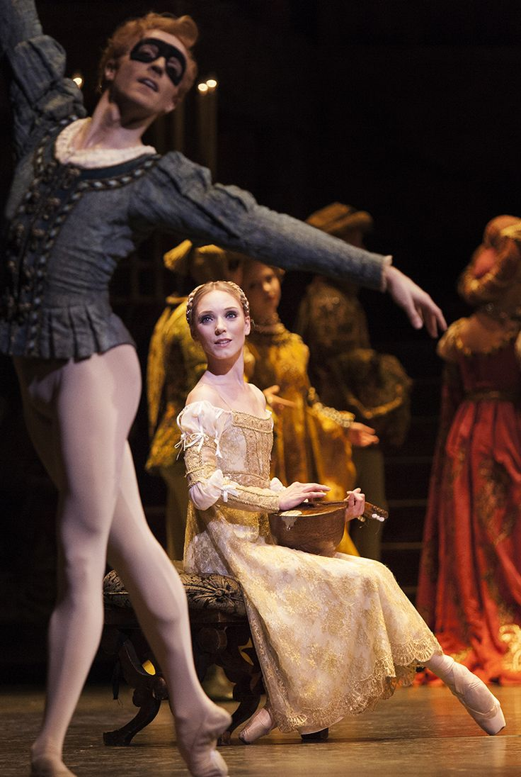 Steven McCrae and Sarah Lamb in Romeo and Juliet, The Royal Ballet.