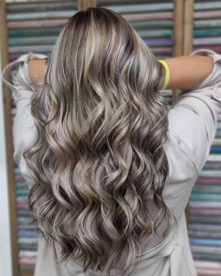 Mushroom Blonde ist der Frisuren Trend 2019 und die perfekte Farbe für blonde u…