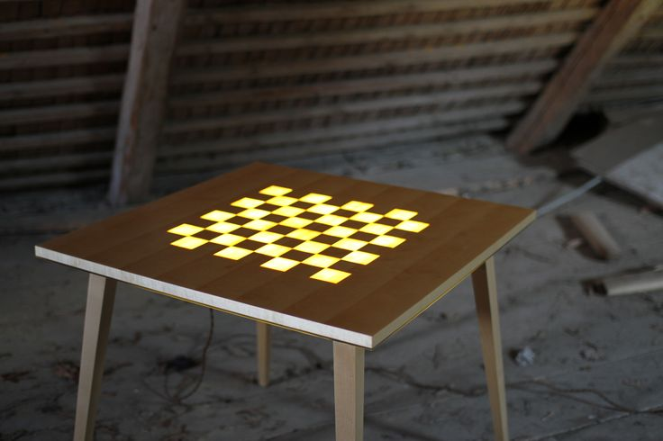The Scandinavian Chess table  By Reykholt