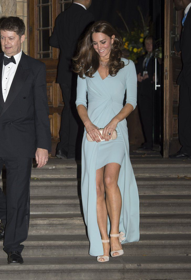 Pin for Later: Pippa Middleton Just Gave Kate a Run For Her Money in This Dress Kate Middleton's Powder Blue Look