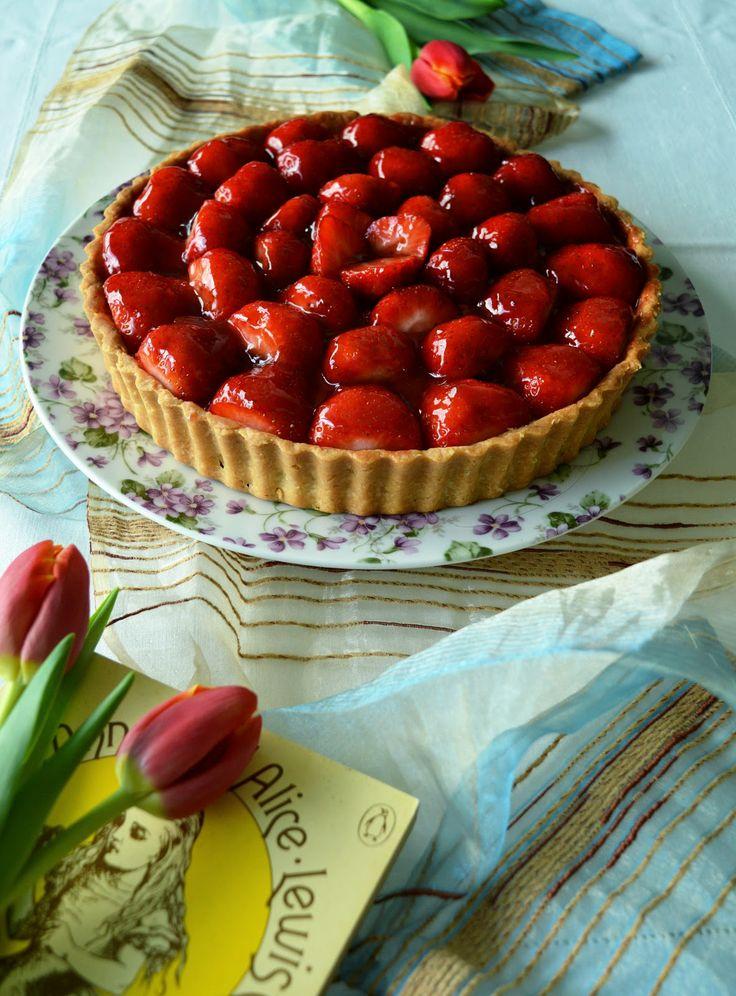 Strawberry tart with rich vanilla bean pastry cream and Chambord ...