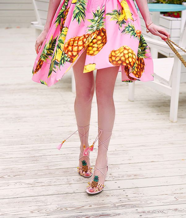 Dolce & Gabbana pineapple sandals   #dolcegabbana #dolcegabbanadress #pineappleprint #dolcegabbanasummer