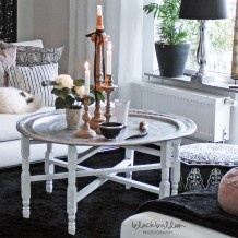 Brickbord med vita ben 3850,-