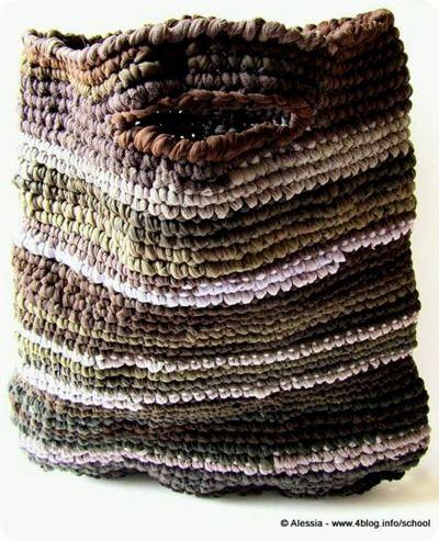 39 best borse fettuccia images on pinterest crochet for Borse in fettuccia tutorial