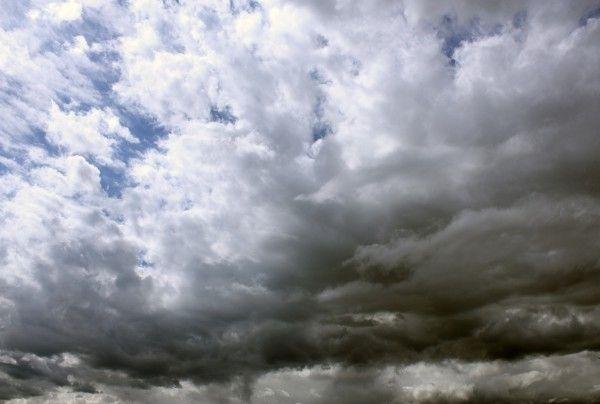 Une texture de ciel nuageux blanc background architecture 3d