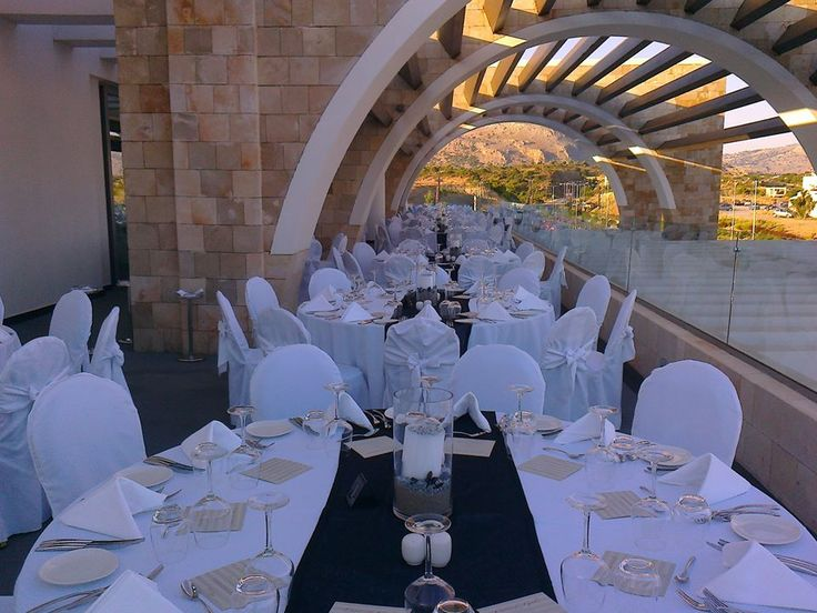 Preparations for a special dinner in Moonlight
