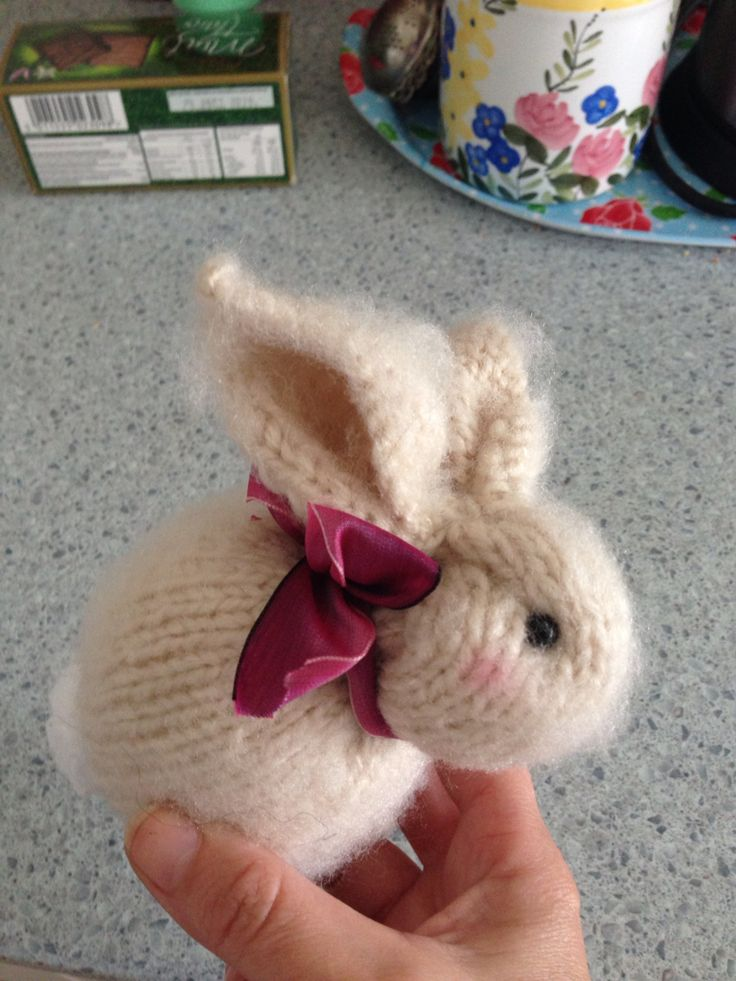 Knitted Bunny Andrea Bruce