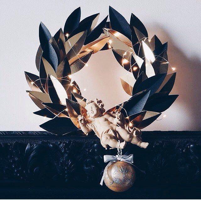Рождественские венки своими руками от Elle decoration. https://www.instagram.com/elledecorationru/