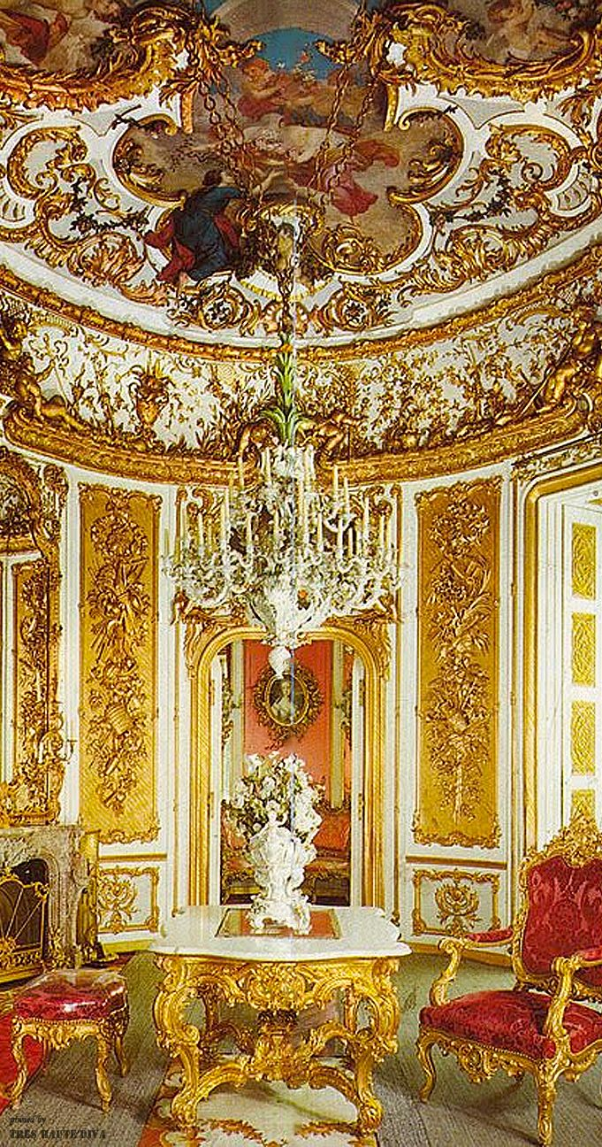 Linderhof palace dining room  The House of Beccaria