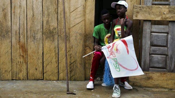A ala crítica do Movimento de Libertação de São Tomé e Príncipe - Partido Social Democrata, principal partido da oposição no país, exigiu este domingo a realização de um congresso interno. http://observador.pt/2017/11/26/ala-critica-da-direcao-do-principal-partido-da-oposicao-em-sao-tome-quer-congresso/