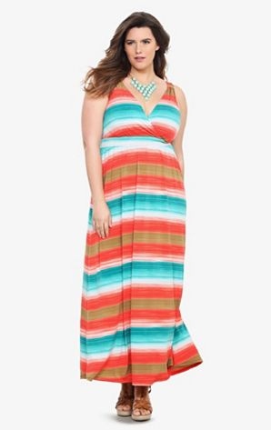 Summer maxi dress from Torrid.  #plussize #maxidress #dresses