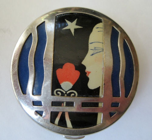 ART DECO KARESS COMPACT.
