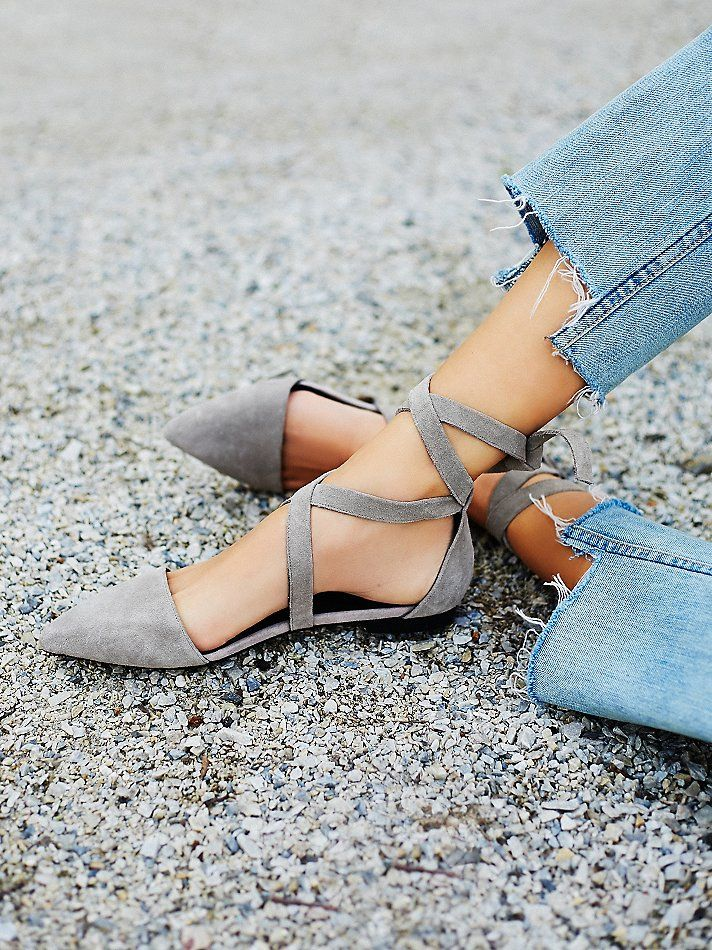 hyde wrap pointed toe flat